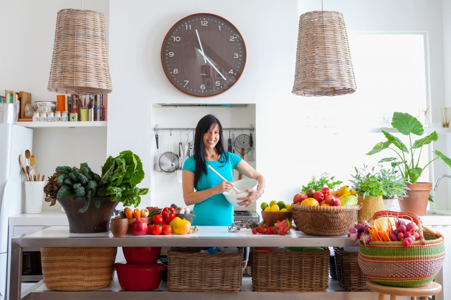 Interview: Cinzia Cozzolino, Nutritionist + Creator of The Smoothie Bombs